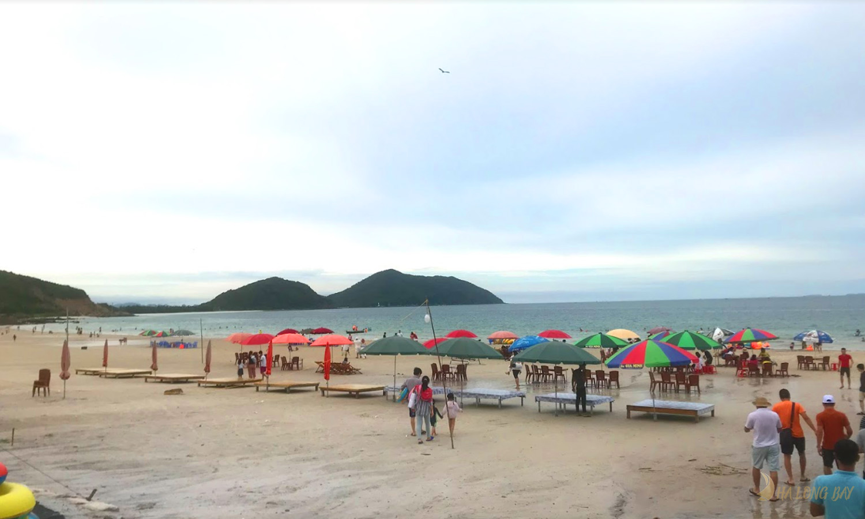 Các bãi tắm đẹp và hoang sơ trên đảo Quan Lạn